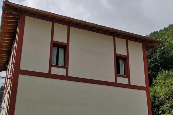 fachada rehabilitada casa alaya taldea arquitectura arrasate